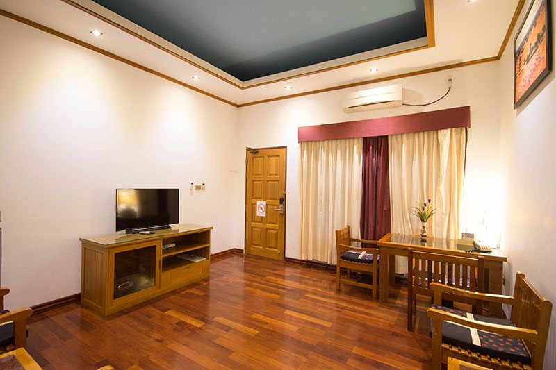 suite-room-06