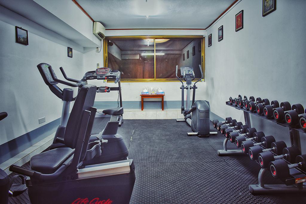 fitness-room-03
